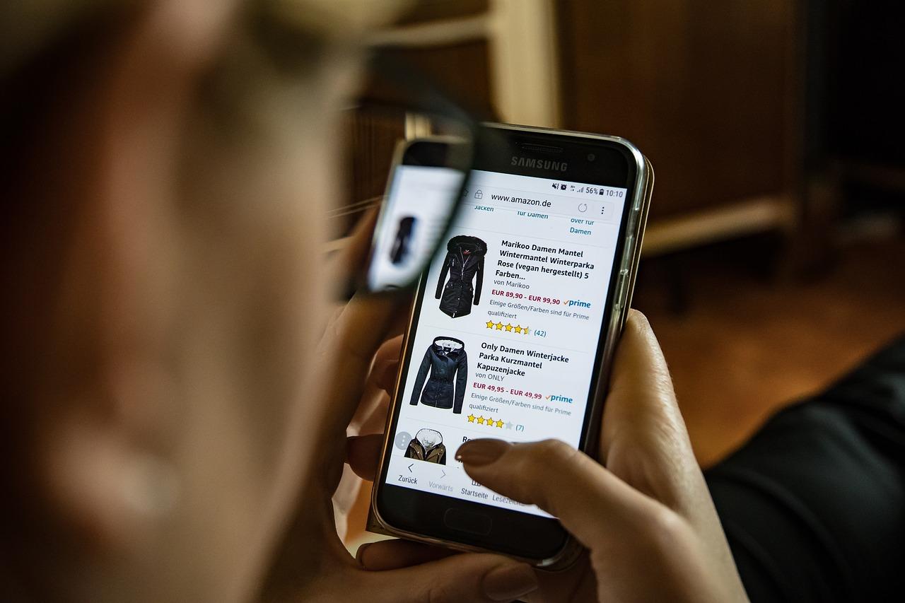 """""""Серийни връщачи"""" – Как се бори британската електронна търговия с възвръщаемостта?"""